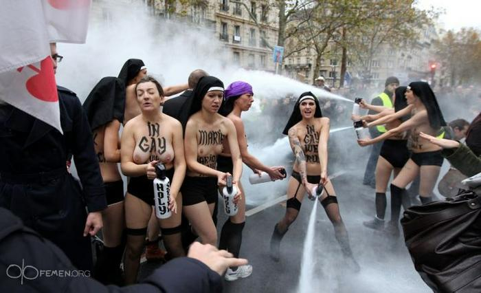 upload_to/images_forum/femen-paris-agression-manifestation-1.jpg